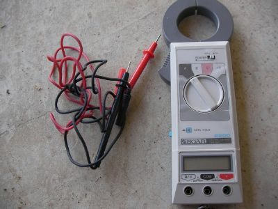 soar  2200  clamp  tester