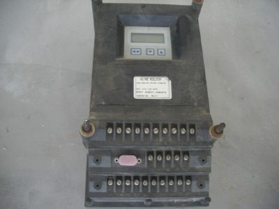 בקר   voltage  regulator