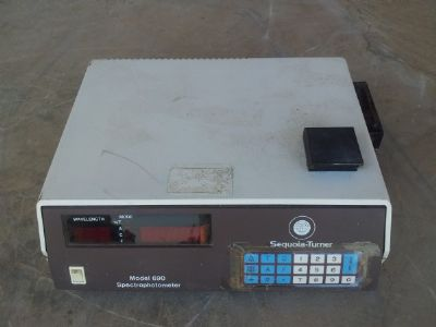 ציוד   sequoia-turner  spectrophotometer  690